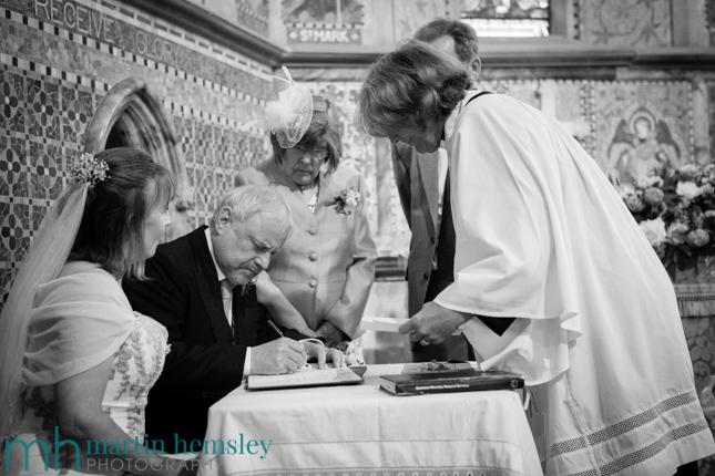 Cotswolds-Wedding-Photography-16.jpg